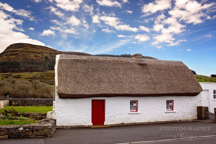 Dolly's Cottage Strandhill County Sligo Thatched Roof Ireland